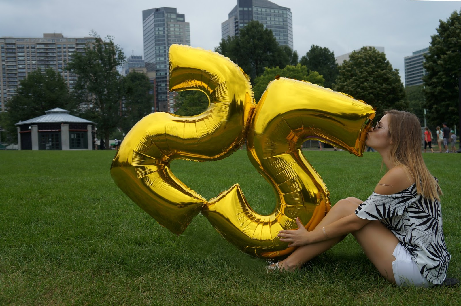 big number balloons 25th birthday photo shoot