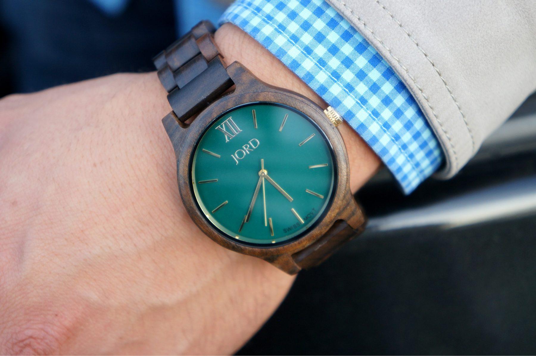 jord-wood-watch-dark-sandalwood-emerald-frankie-series