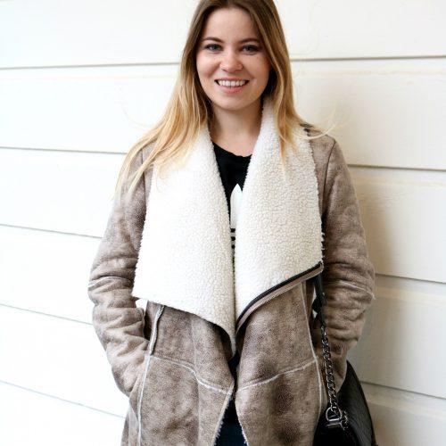 Napa casual Shenska fashion blogger