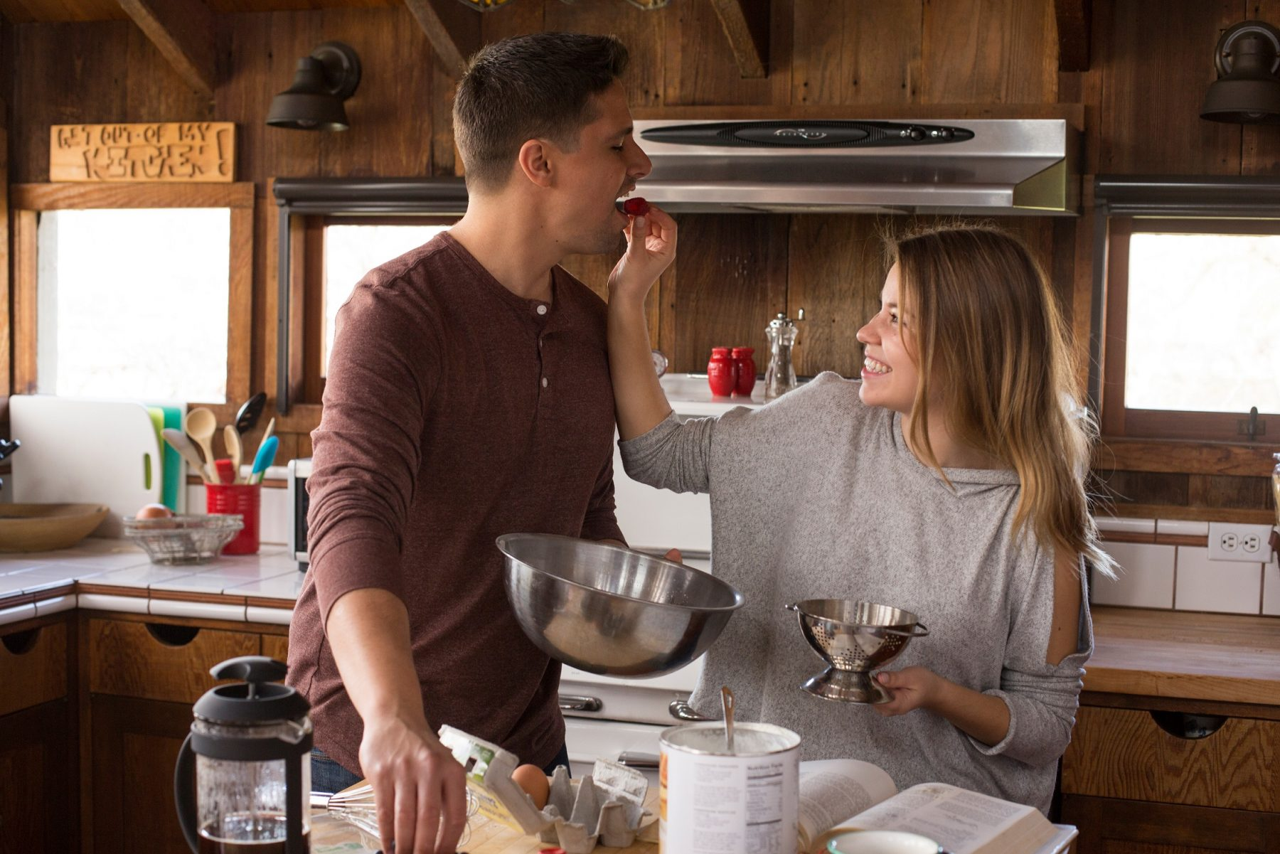 Valentine's Day date idea cooking couple
