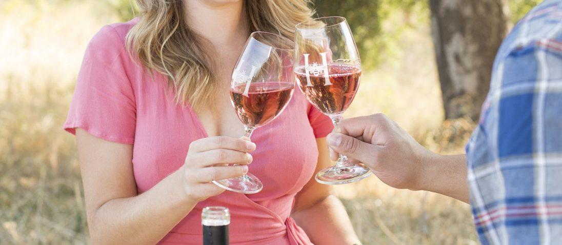 Valentine's Day date idea wine tasting
