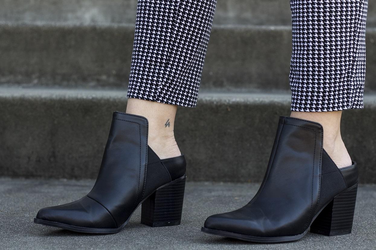 Boho Lifestyle slip on boots