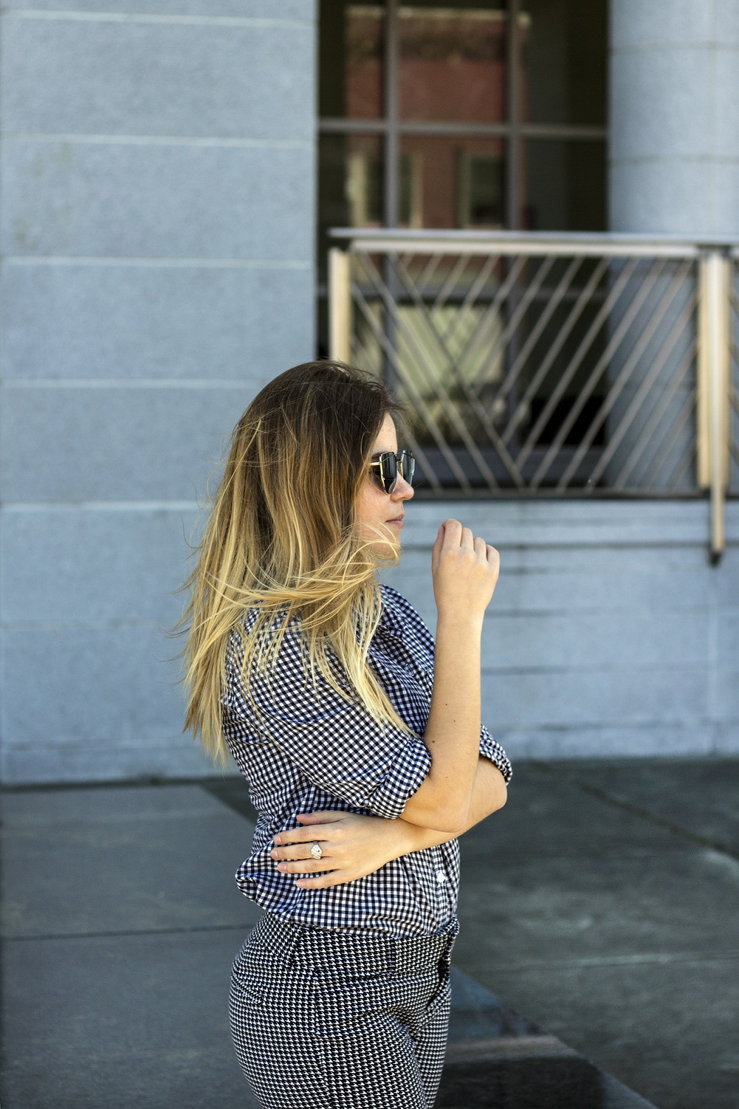 how to wear gingham business casual