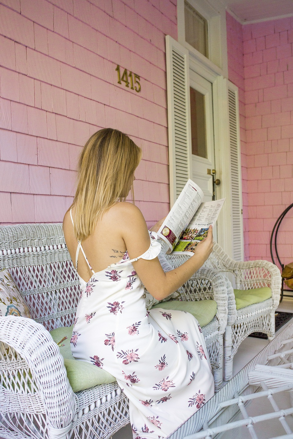 Napa blogger at Pink Mansion Bed and Breakfast Calistoga hotel