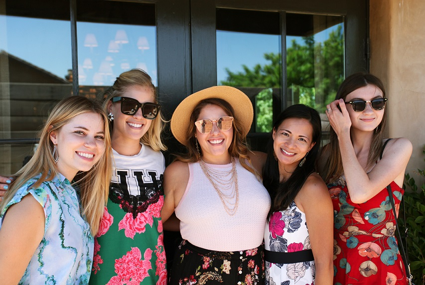 wine country blogger gals