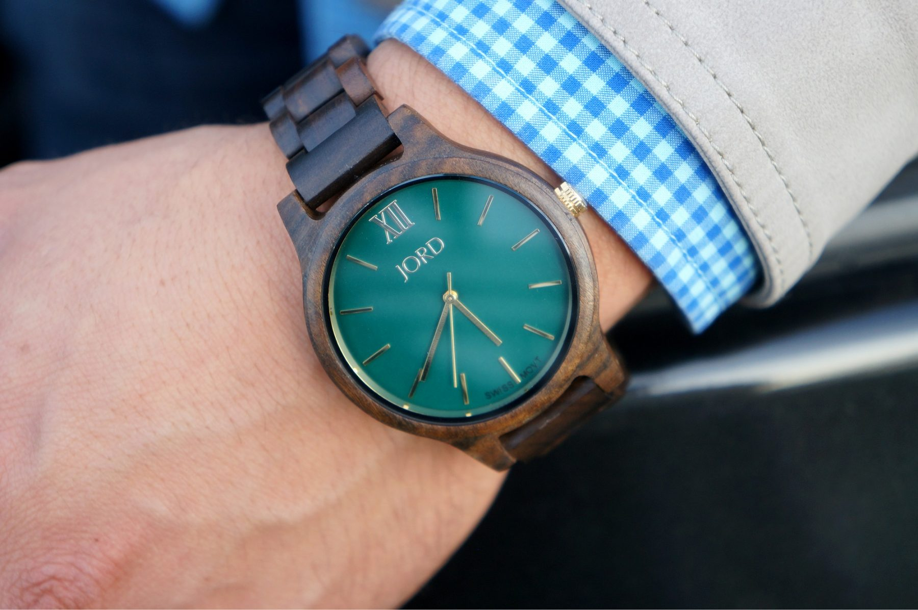 jord-wood-watch-dark-sandalwood-emerald-frankie-series