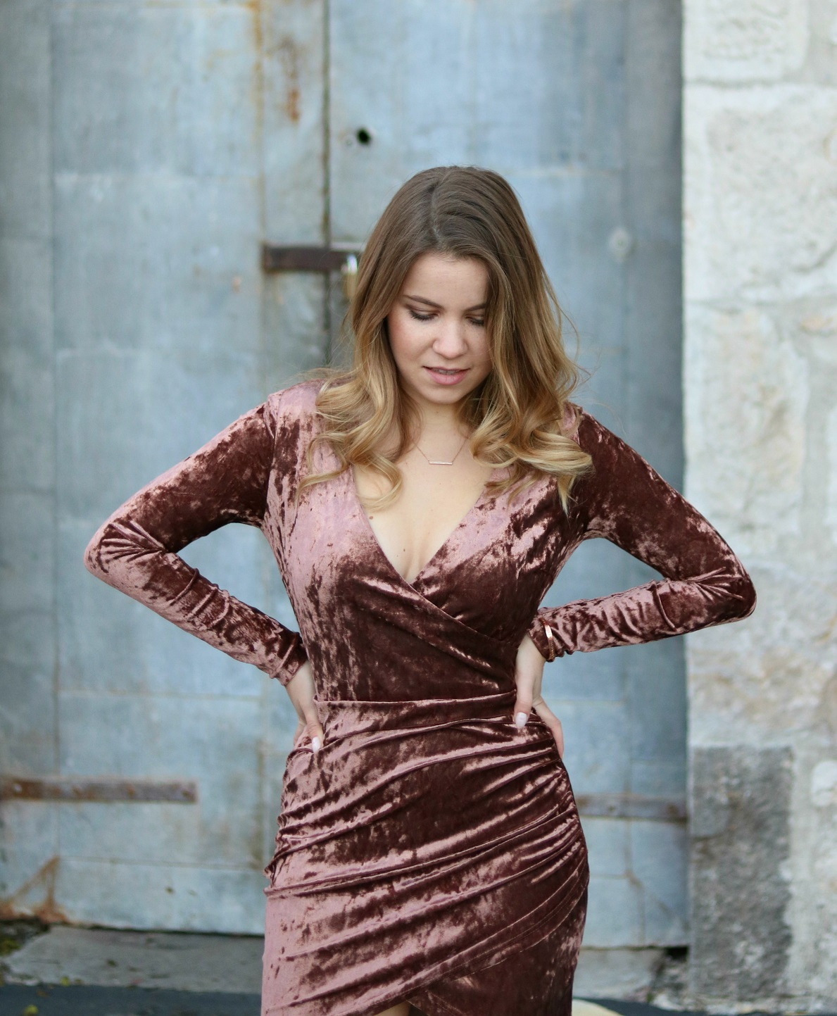 boho-lifestyle-napa-ca-crushed-velvet-dress