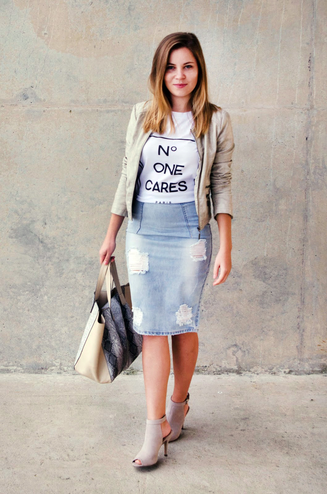 dressing up casual tee