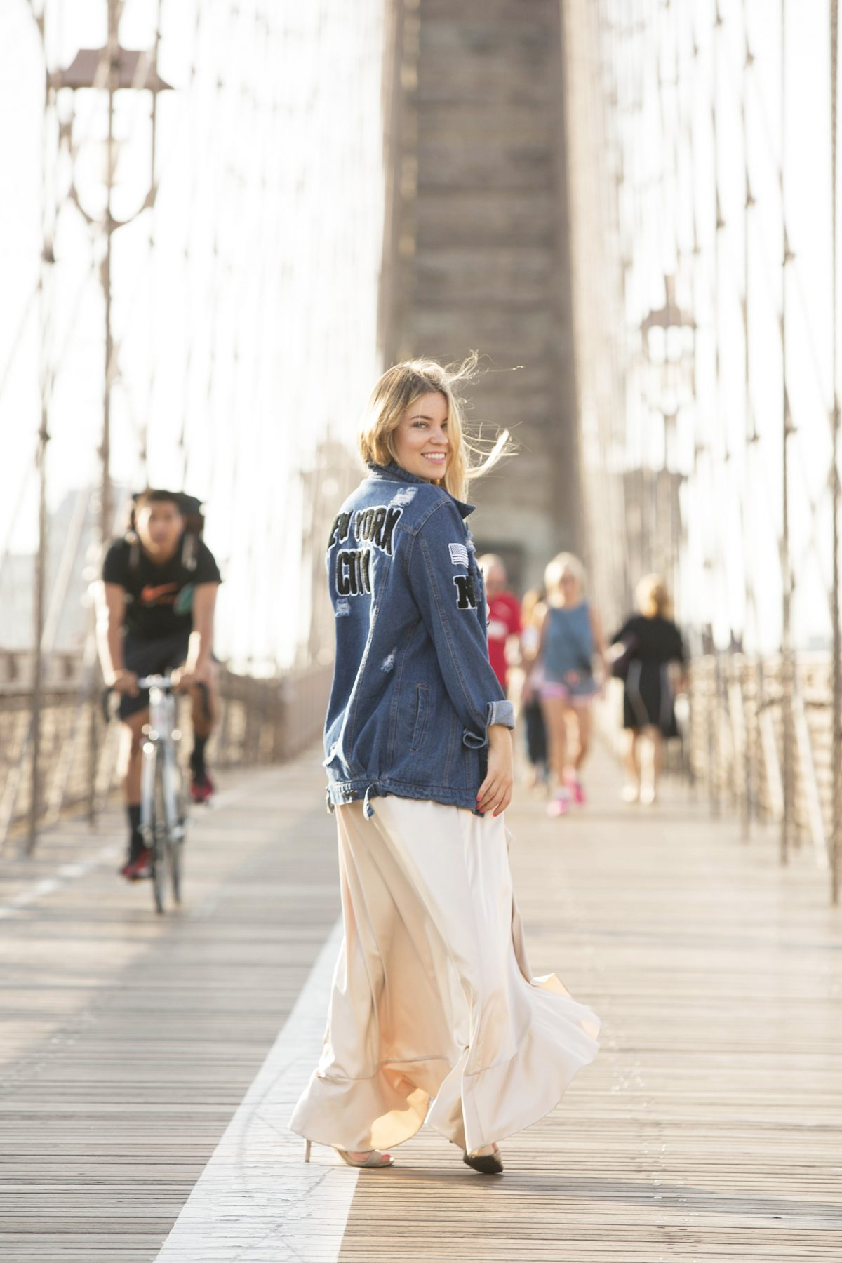 Brooklyn Bridge morning photo shoot SF blogger Shenska