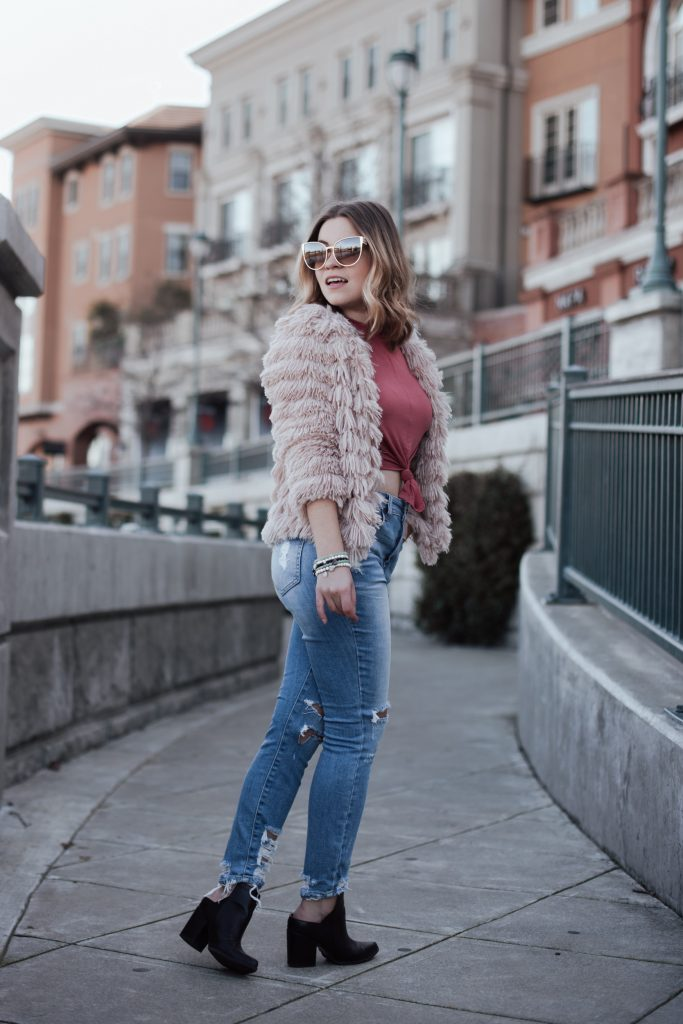 Answering 15 Questions About Blogging And Fashion With