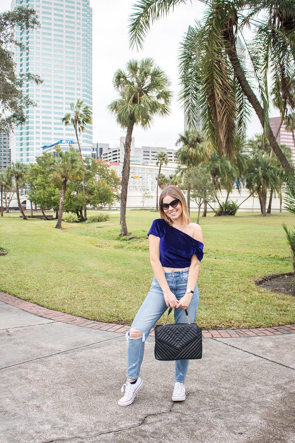 mom-jeans-petite-style